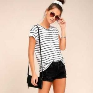 💋H&M DIVIDED black & white striped tee